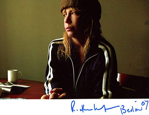 MUSICIAN Rickie Lee Jones autograph, In-Person signed photo