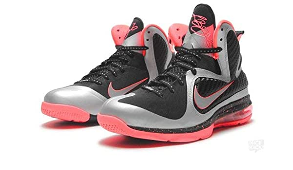 new concept 388e3 8e4cf Amazon.com  Nike Lebron 9 Mango (Mtllc Silver Mttlc Slvr-Bright Mango) Size  12  Shoes