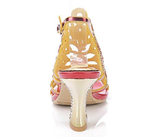 Crc Kvinna Sexiga Trevlig Förvånande Påfågel Formad Gnistan Strass Mikrofiber Material Kväll Part Bröllop Mode Sandaler Chunky Röda