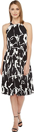 Dress Pleated Vince (Vince Camuto Women's Cut Out Floral Pleated Belted Halter Dress Rich Black X-Small)