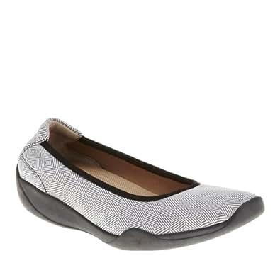 Footsmart Stretchies Joyce Slip On Shoes