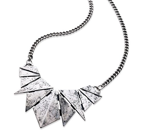 (American Rag Necklace, 16-in Antiqued Silver-Tone Triangle Frontal Necklace )