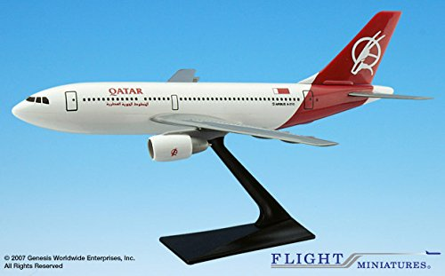 Flight Miniatures Qatar Airways Old Livery Airbus A310 2 300 1 200 Scale Display Model W Stand