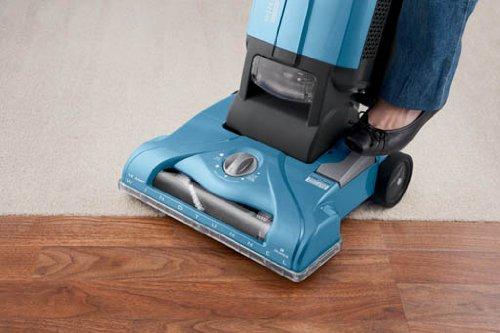 Hoover Vacuum Cleaner T-Series WindTunnel Corded Bagged Upright Vacuum UH30300 by Hoover (Image #8)