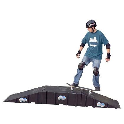 Image of Decks Landwave Skateboard Starter Kit with 2 Ramps and 1 Deck