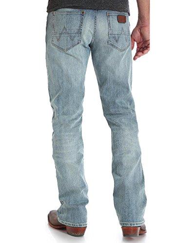Wrangler Men's Retro Slim Fit Bootcut Jean, Bearcreek, 32x32 (Retro Boots)