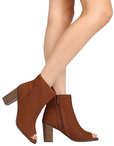 Breckelles Mujeres Perforadas Apiladas Chunky Heel Peep Toe Botín Tan