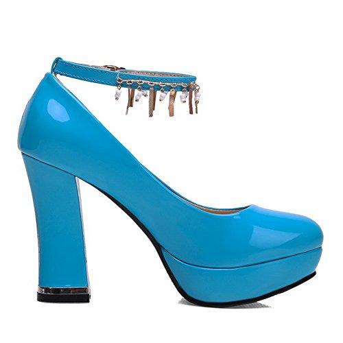 AllhqFashion Damen Lackleder Rein Schnalle Rund Zehe Hoher Absatz Pumps Schuhe Blau
