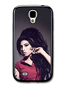 AMAF ? Accessories Amy Winehouse with Red T-Shirt Showing Earrings case for Samsung Galaxy S4