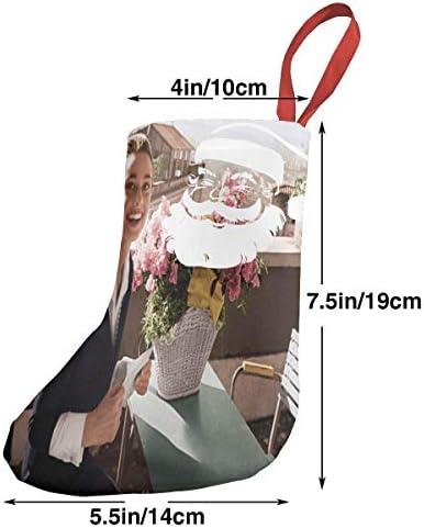 クリスマスの日の靴下 (ソックス3個)クリスマスデコレーションソックス 俳優オードリー ヘップバーンAudrey Hepburn クリスマス、ハロウィン 家庭用、ショッピングモール用、お祝いの雰囲気を加える 人気を高める、販売、プロモーション、年次式