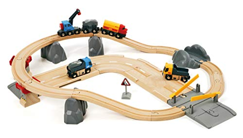 (BRIO 33210 Rail and Road Loading Set | 32 Piece Train Toy with Accessories and Wooden Tracks for Kids Age 3 and)
