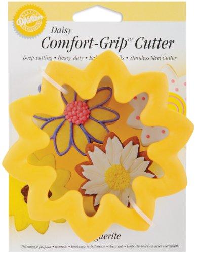 (Wilton Comfort-Grip Cookie Cutter - Daisy)