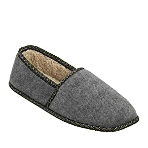 Dearfoams Men's Moccasin – Indoor/Outdoor, Machine Washable, Cushioned Slippers with Closed-Toed Design and Rubber Sole