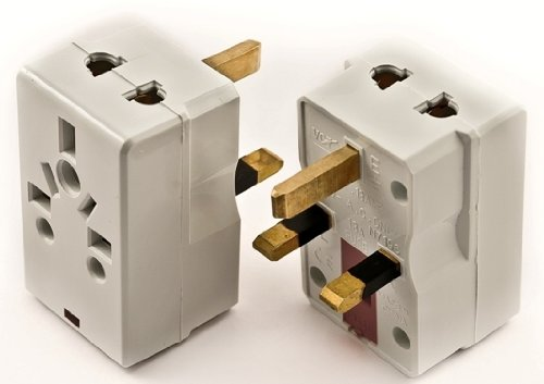 - VCT UK Travel Plug Adapter Grounded 3-Pin with Fuse Protection 220V Universal Plug Adapter for UK Travel white (VP-117)