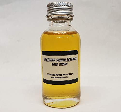 (Southern Snares Extra Strong 4 oz tinctured Skunk Essence)