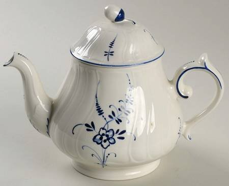 Villeroy & Boch Vieux Luxembourg Teapot & Lid, Fine China Dinnerware
