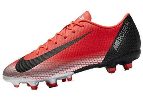 6d407cc89a9b Nike Youth Soccer Jr. Mercurial Vapor XII Academy Multi Ground Cleats (2.5  M US Little Kid)