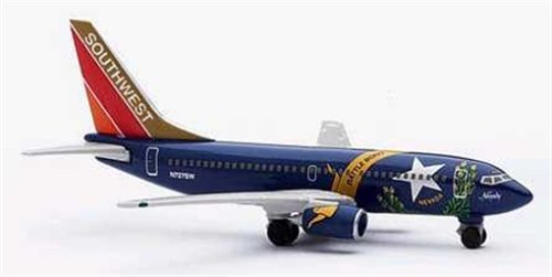 herpa-511964-southwest-airlines-swa-boeing-737-700-nevada-one-livery-1500-scale-diecast-disply-model