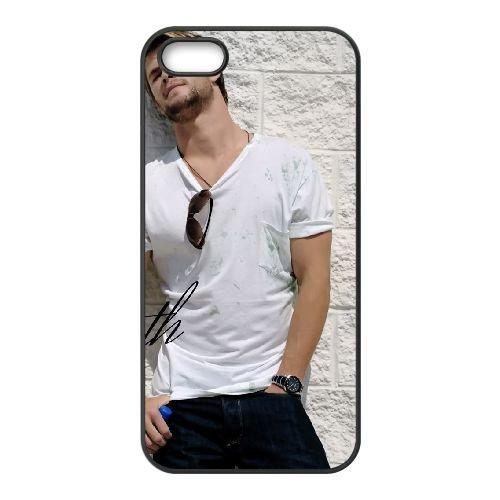Chris Hemsworth 004 coque iPhone 5 5S cellulaire cas coque de téléphone cas téléphone cellulaire noir couvercle EOKXLLNCD22829