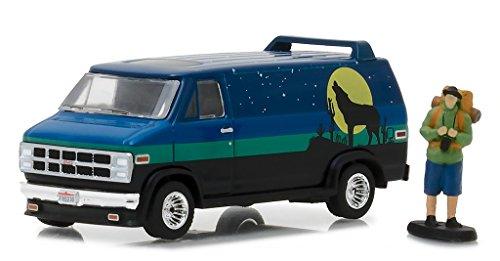 Greenlight 1:64 the Hobby Shop Series 3 1981 Gmc Vandura Custom Diecast Vehicle with Backpacker