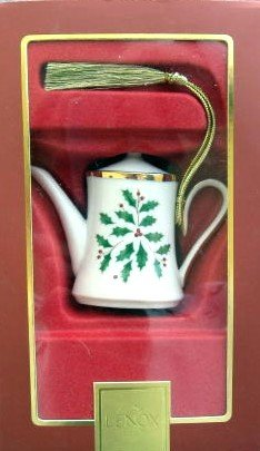 mas Tree Ornament Coffee Pot (Lenox Antiquity Accent)