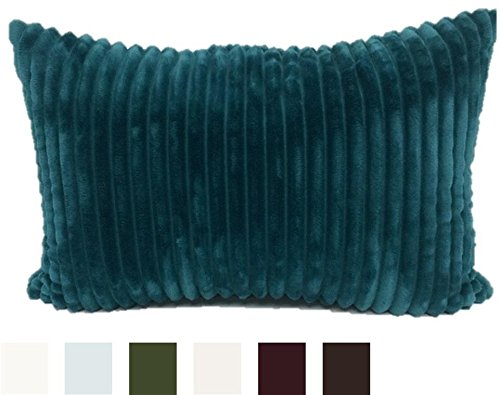 Brentwood Originals Ridgecrest Pillow, 14x20, Teal - FASHIONABLE AND FUNCTIONAL throw pillow stuffed with 100% polyester to provide comfortable support. CONSITENT HIGH-END QUALITY from one of the top decorative pillow manufacturers, Brentwood Originals. PERFECTLY VERSATILE designs to accent your bed or sofa - living-room-soft-furnishings, living-room, decorative-pillows - 41YGN5NqqxL -