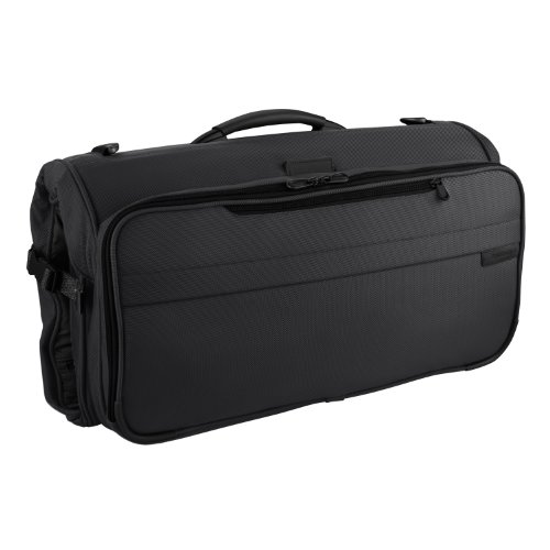 Briggs & Riley Baseline Compact Tri-Fold Garment Bag,Black