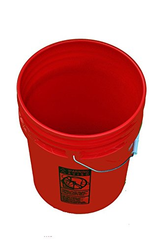 5 Gallon Plastic Bucket Red 3 Pack ()