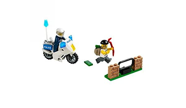 Amazon.com: LEGO (LEGO) City police bikes and thief 60041 ...