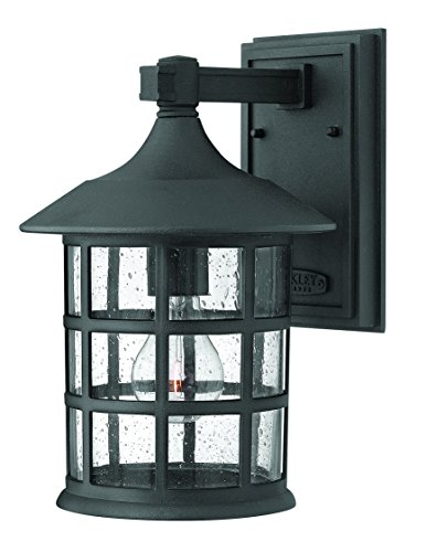 Hinkley 1804BK Traditional One Light Wall Mount from Freeport collection in Blackfinish, (Hinkley Mount Outdoor)
