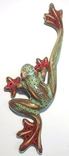 red-eye-tree-frog-figurine-b