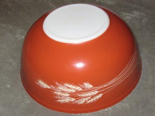 Vintage 1980's Pyrex AUTUMN HARVEST WHEAT Red-Brown LARGE 4 QUART Batter Mixing Nesting ()