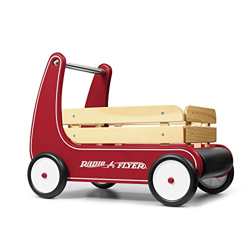 Natural Solid Wood Body for a Classic Look Wagon by Radio Flyer
