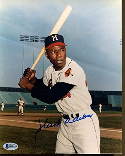 Hank Aaron Signed Photo 8x10 Autographed Braves Beckett BAS G68143