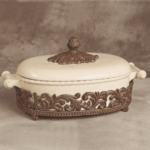 GG Collection Covered Casserole with Metal Base - Cream