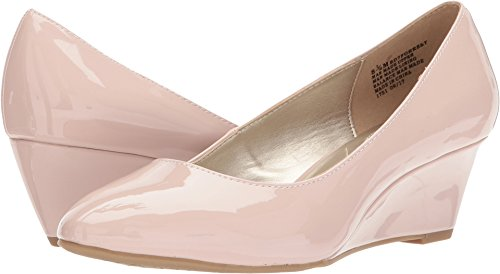 Bandolino Women's Forrest Dusty Pink Sleek Patent Pu 8 M US