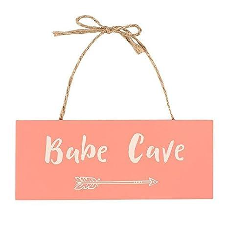 Amazon.com: Babe cueva para colgar cartel de madera: Home ...