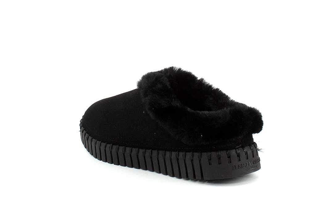 30ffe9c9b5e2e Amazon.com   ILSE JACOBSEN Womens Tulip 3150 Black Slipper - 38   Shoes