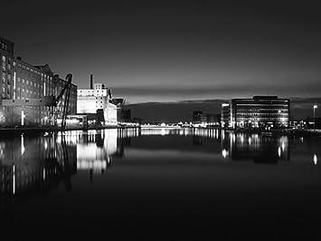 Fotografie Duisburg Innenhafen Am Abend Sw Amazonde Küche