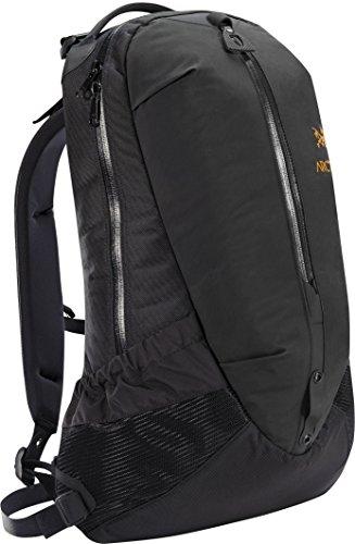 97f17220dac Amazon.com  Arc Teryx Men s Arro 22 Backpack, Black, One Size  Sports    Outdoors