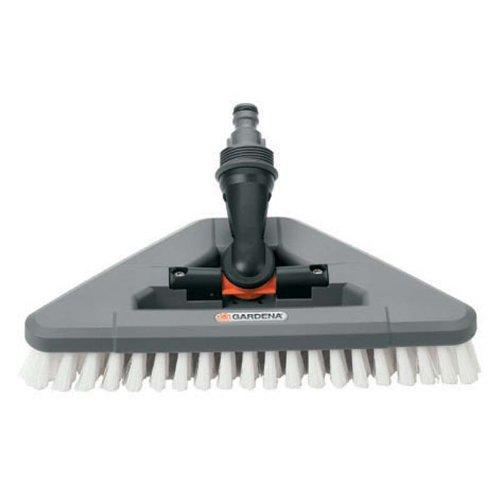Gardena 5562 Hard Bristle Scrub Brush With Swivel Elbow