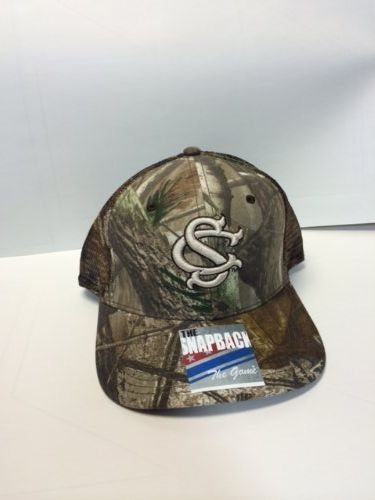 Game South Carolina Gamecocks Camo - NCAA Officially Licensed University of South Carolina Realtree Camo Bar Design Embroidered Mesh Hat
