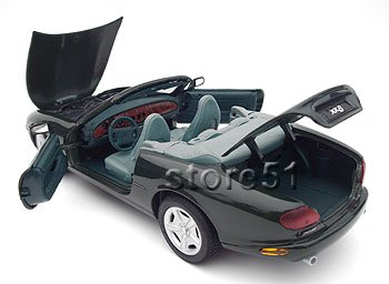1996 Jaguar XK8 - Special Edition Die Cast Model by Maisto (Image #7)