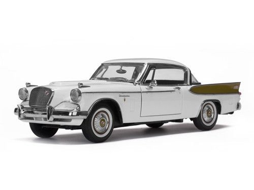 (1957 Studebaker Golden Hawk Arctic White 1/18 Diecast Car Model by Sunstar 6152)