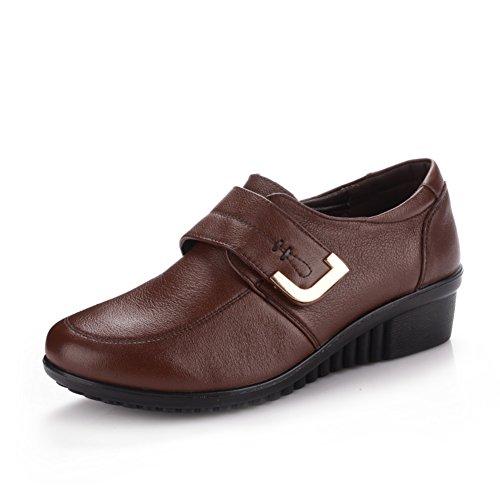 Talla zapatos de cuero cuñas mujer/Mitad inferior suave y zapatos de las mujeres de edad/Zapatos de mamá A