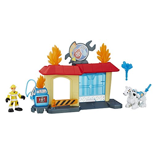 Playskool Heroes Transformers Rescue Bots Griffin Rock Garage]()