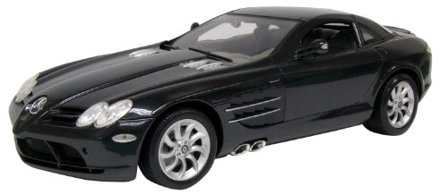 Motormax 1:12 Die-Cast 2004 Mercedez-Benz SLR McLaren (1 12 Die Cast compare prices)