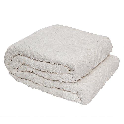 BrandWave Luxurious Chenille Quilt - Symmetrical Pattern - 100 Percent Cotton - Queen - Cream (Chenille Cream)