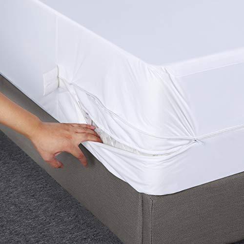 Utopia Bedding Waterproof Zippered Mattress Encasements