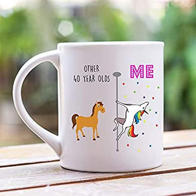 Amazon.com: YouNique Designs - Taza de cumpleaños número 40 ...